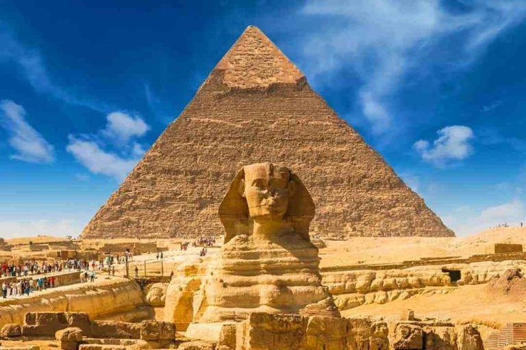Ten astonishing structures of the ancient world