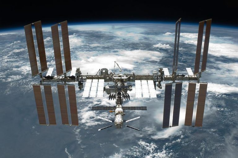 Russia might soon abandon ISS to develop its own space station