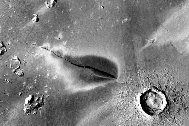 Mars could still have active volcanoes